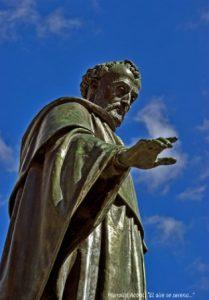 Estatua de fray Luis en el Patio de Escuelas en Salamanca, fotografía de Manuel Mª Pérez López