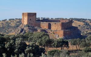 Castillo de Mo ntizón